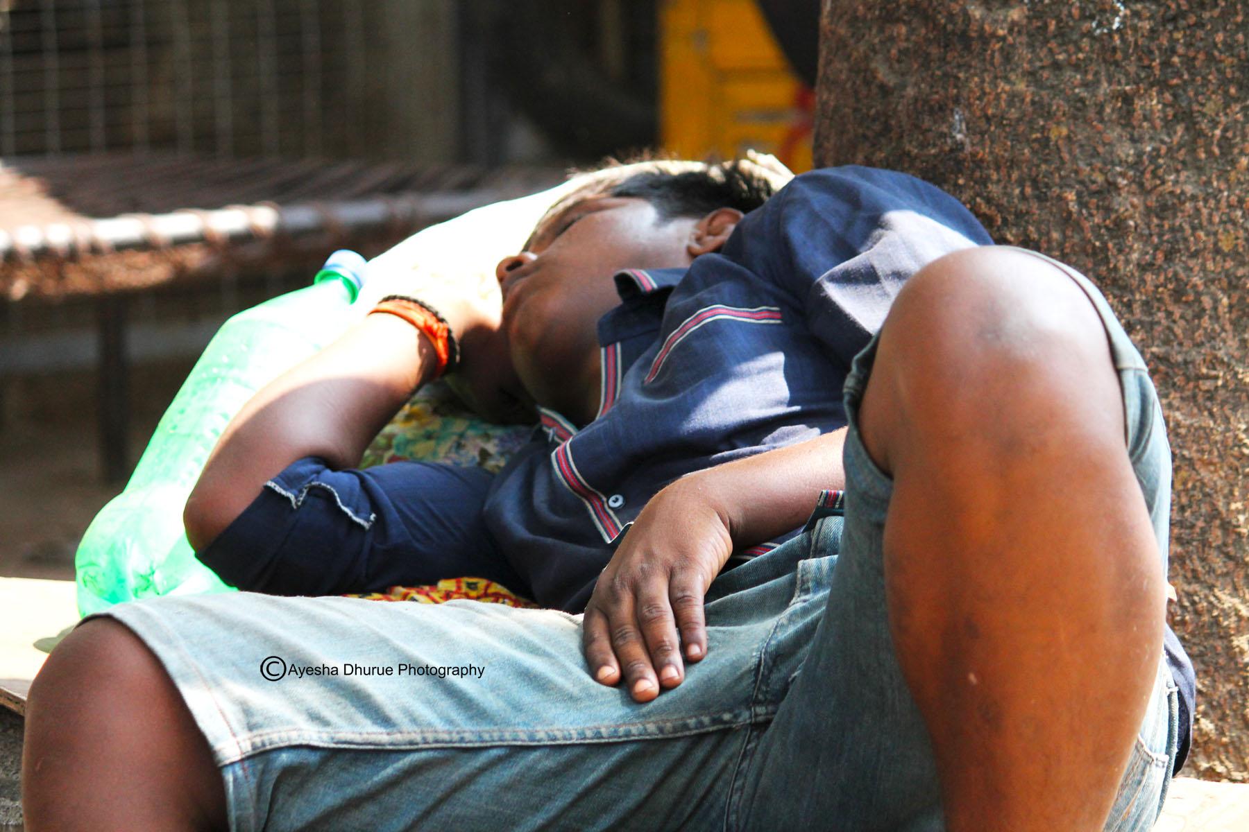 mumbai people photography children labor work street ayesha dhurue photography image gallery  (2)